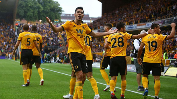 Wolverhampton -The Wanderers, Wolves